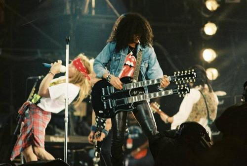 Guns n' roses slash france freddie mercury tribute 92