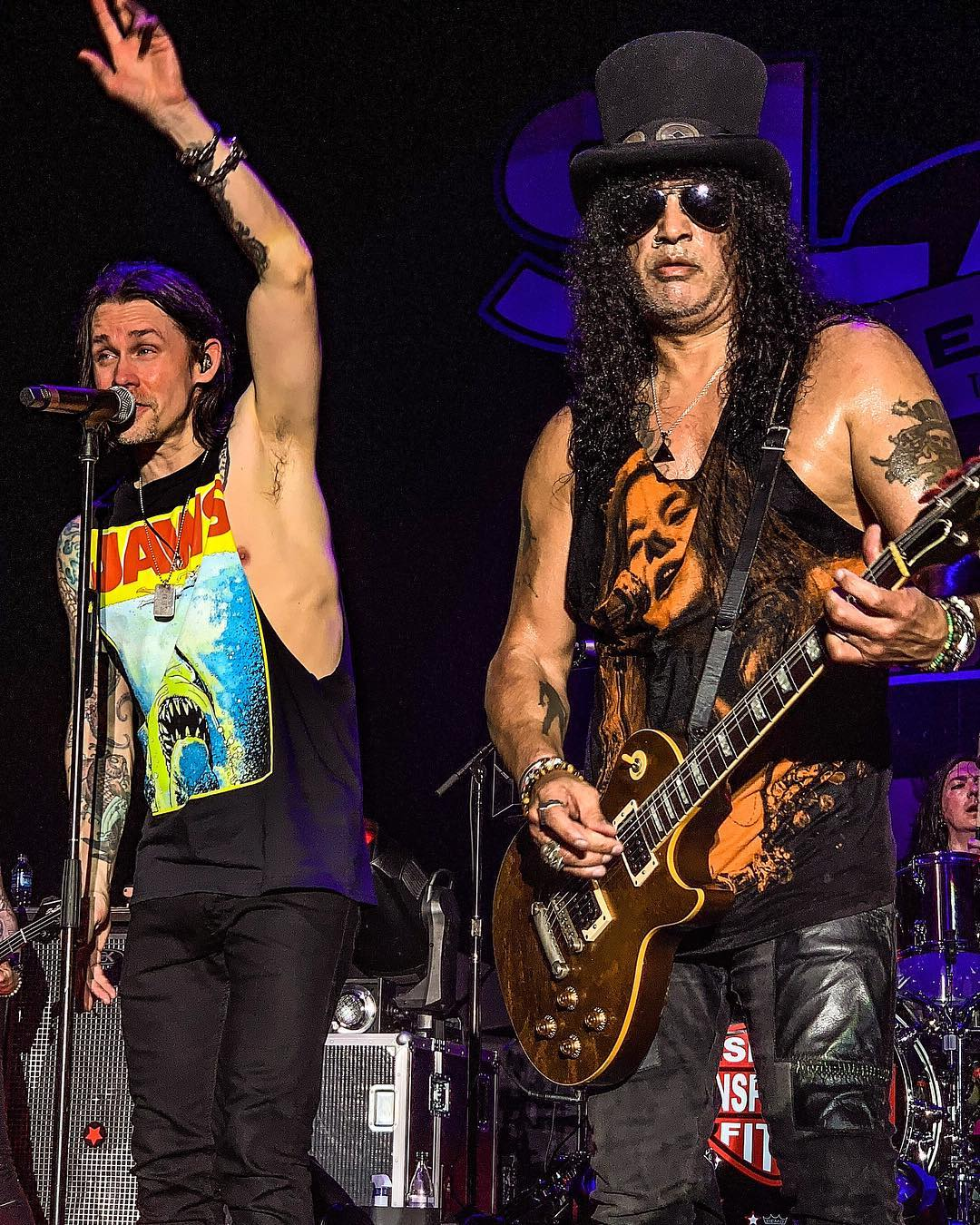 Slash france singapour asia smkc living the dream world tour 2019 myles kennedy coliseum hard rock hotel