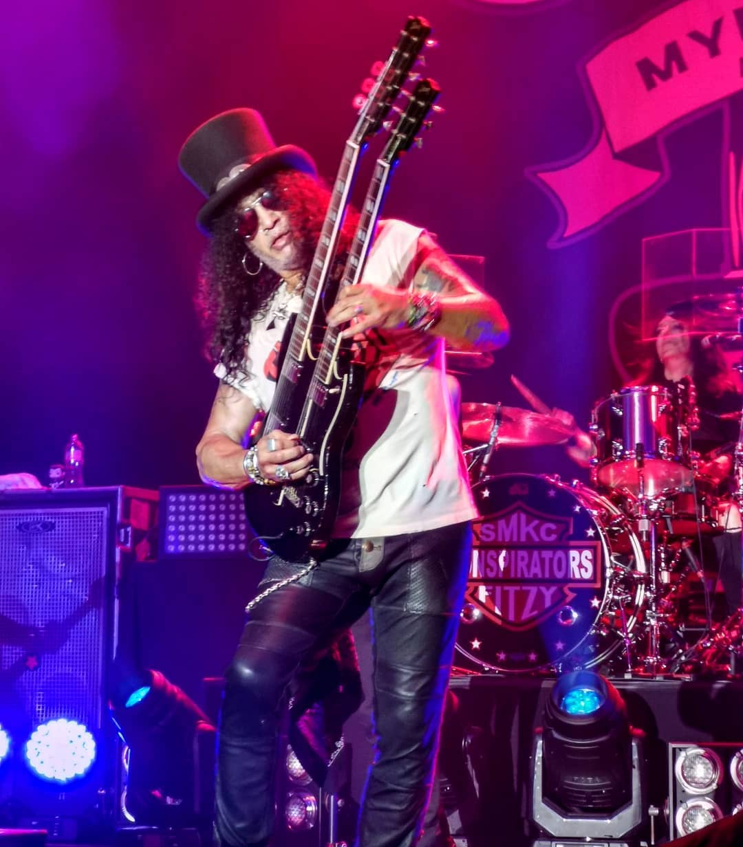 Slash france nouvelle zeland tauranga 2019 smkc living the dream myles kennedy conspirators the one you love is gone