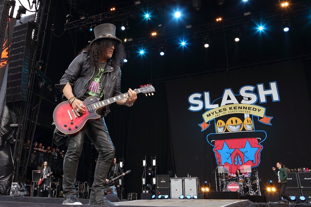 Slash france download festival donington uk living the dream smkc kerns kennedy