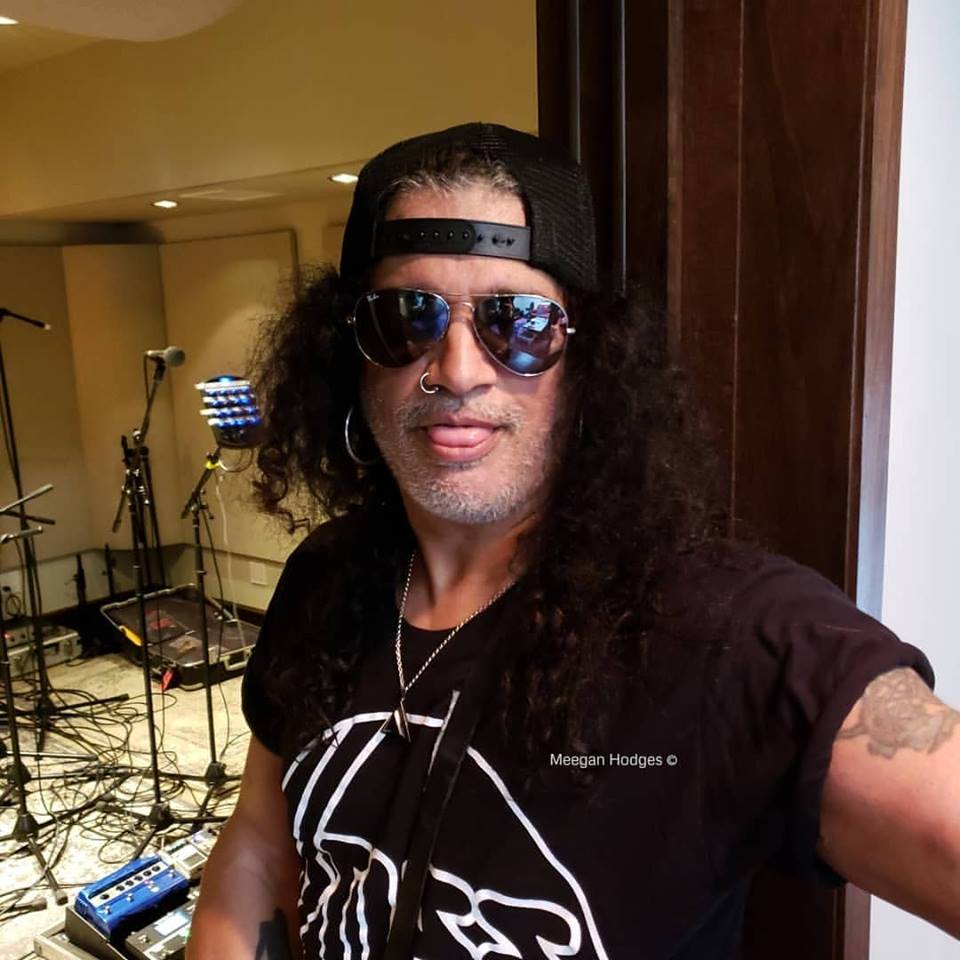 Slash france snakepit studios avril smkc conspirators music tour 2019