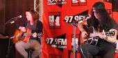 Slash france private show acoustic unplugged talking stick 98kupd radio Concert solo 2014 0801_scottsdale 6