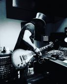 Slash solo 2020 1001_snakepit_studios slash_studio